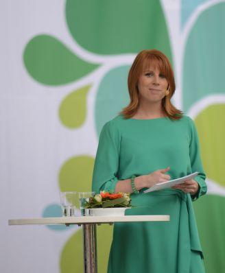 Centerpartiets partiledare Annie Lööf talar i Almedalen 2012